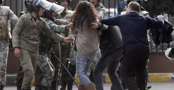 مصر دولة عسكرية: قرار وزير العدل يخول الشرطة العسكرية والمخابرات الحربية الضبط القضائي ضد المدنيين